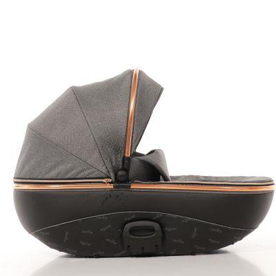 Kočárky 2020 Kočárek Jasmine Bennetta Soft LE 01 černá vana Trojkombinace